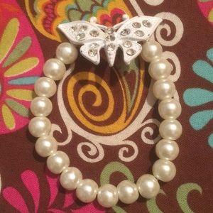 Pulsera de perlas blanca